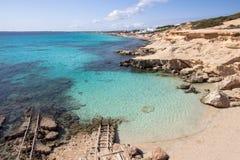 Het strand van S Calo des Mort, Formentera, Spanje Stock Foto's