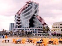 Het strand van Tel Aviv dichtbij Beyt HaOpera 2010 Royalty-vrije Stock Afbeelding