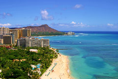 Het Strand van Waikiki en het Hoofd van de Diamant Stock Afbeelding
