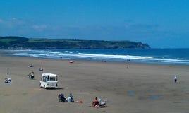 Het strand van Whitby stock foto