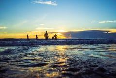 Het strand van zonsondergangkuta stock fotografie