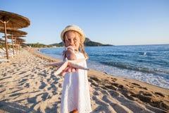 Het Strandkind van de de zomerreis Stock Fotografie