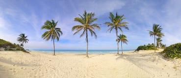 Het strandpanorama van Santa Maria, Cuba stock foto's