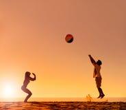 Het strandpret van de zomer Stock Afbeelding