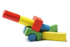 Het stuk speelgoed blokkeert kanon, veelkleurig artillerie houten kanon Royalty-vrije Stock Afbeelding