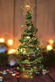 Het stuk speelgoed van de kerstboomdecoratie, plaats voor tekst Stock Afbeeldingen