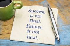 Het succes is niet definitief mislukking stock afbeeldingen
