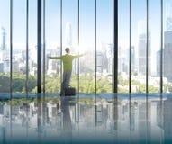 Het Succesoplossing van zakenmanenvironmental conservation concepts Stock Fotografie
