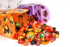 Het suikergoed van Halloween in Chinese containers stock afbeeldingen