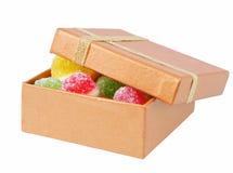 Het suikergoed van het fruit in doos royalty-vrije stock foto