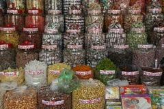 Het suikergoed wordt verkocht bij de markt van Saigon (Vietnam) Royalty-vrije Stock Fotografie