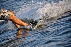 HET SURFEN VAN DE VLIEGER royalty-vrije stock foto