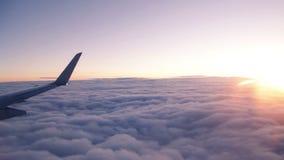 Het surfen van de Wolken stock videobeelden