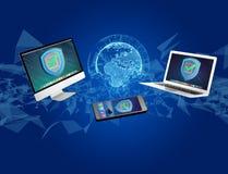 Het symbool van het veiligheidsschild over een netwerkverbinding van verschillend DE Royalty-vrije Stock Fotografie
