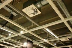 Het systeem van de ventilatie in een moderne fabriek Stock Foto