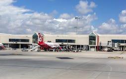 Het tarmac van het luchthavenvertrek in Palma de Mallorca stock foto's