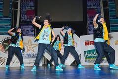 het team SM van 6 ledenbreakdance - Super Meisjes Stock Foto