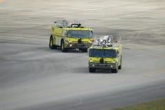 Het Team van de Brand van de luchthaven stock fotografie