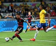 Het team van Duitsland en van Brazilië tijdens de de Wereldbekerhalve finales van 2014 Royalty-vrije Stock Afbeelding
