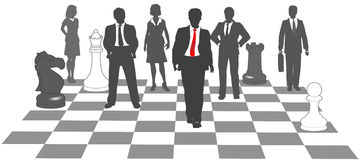 Het team van het bedrijfsmensenschaak wint spel Stock Afbeeldingen