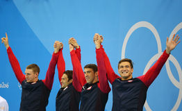 Het team van het de hutspotrelais van Mensen 4x100m van de V.S. Ryan Murphy (l), Cory Miller, Michael Phelps en Nathan Adrian royalty-vrije stock afbeeldingen