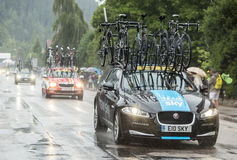 Het Technische de Auto van het hemelteam Drijven in de Regen - Ronde van Frankrijk 20 Stock Foto's