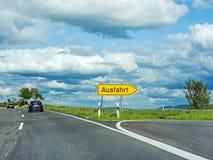 Het teken/Ausfahrt van de weguitgang raod Stock Foto's