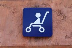 Het Teken Bord van de babywandelwagen Stock Afbeelding