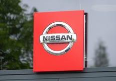 Het teken en het embleem van Nissan stock afbeelding