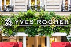 Het het teken en embleem van Yves Rocher Parijs, Frankrijk stock afbeeldingen