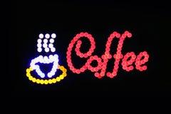 Het teken het LEIDENE van de koffiewinkel licht van Bokeh op donkere achtergrond, het teken Lichte signage van de Koffiewinkel bo Royalty-vrije Stock Afbeeldingen
