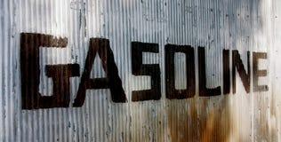 Het Teken van de benzine verlaten aan recht royalty-vrije stock fotografie