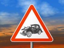 Het teken van de driehoek met uitstekende auto Stock Afbeelding
