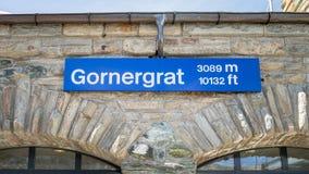 Het teken van de Gornergrathoogte bij de Gornergrat-post Stock Foto