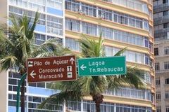 Het teken van de richting in Rio stock afbeelding