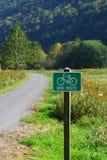 Het Teken van de Route van de fiets stock fotografie