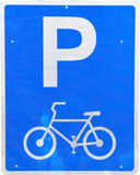 Het teken van het fietsparkeren stock afbeeldingen
