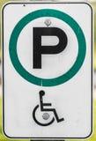 Het teken van het handicapparkeren Stock Fotografie
