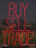 Het Teken van het neon in Venster Royalty-vrije Stock Fotografie