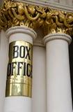 Het teken van het theaterbespreekbureau Stock Afbeeldingen