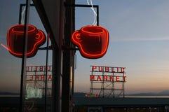 Het teken van Java van het neon met bezinning stock afbeeldingen