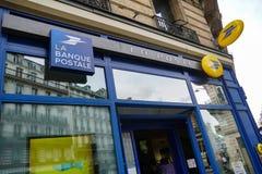 Het teken van La Banque Postale stock foto's
