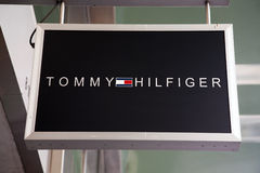Het teken van Tommy Hilfeger stock afbeelding