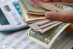 Het tellen van het geld Royalty-vrije Stock Foto's