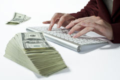 Het tellen van uw geld Royalty-vrije Stock Fotografie
