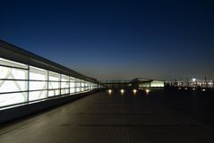 Het terras van de nacht stock afbeelding