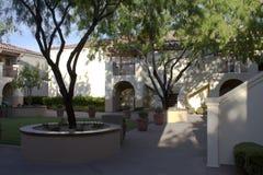 Het terras van het hotel stock foto