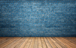 Het teruggeven van binnenland met blauwe bakstenen muur en houten vloer Stock Fotografie