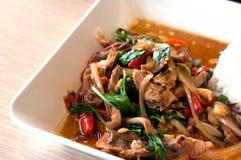 Het Thaise basilicum van de voedselschemer Stock Foto's