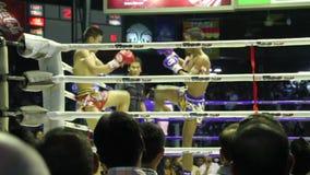 Het Thaise In dozen doen stock footage